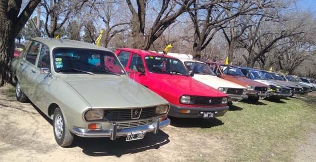 Encuentro de Renault 12 en San Nicolás