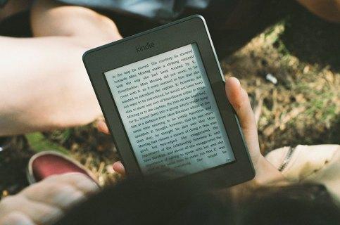 Как сделать Kindle Fire Screen более ярким