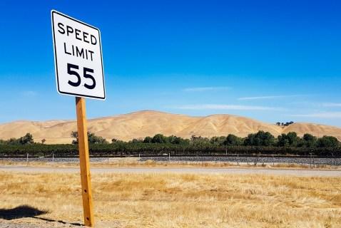 Как показать ограничение скорости на Google Maps