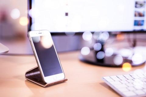 Как отобразить процент заряда батареи в верхней строке на iPhone XS / XS Max