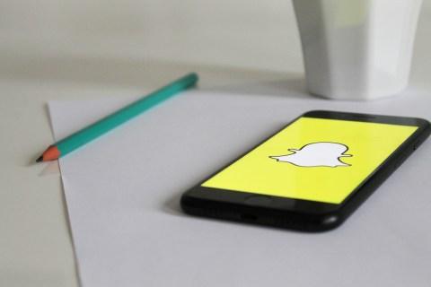 Как вести видеочат в Snapchat