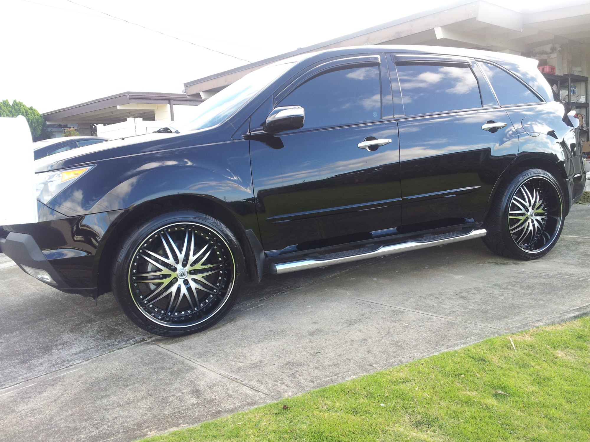 hight resolution of photo 2 acura mdx custom wheels lexani 21x10 0 et