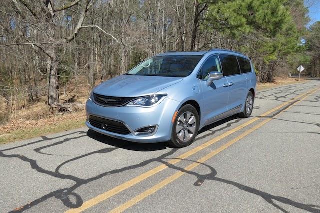Car Reviews, Industry News, & Advice