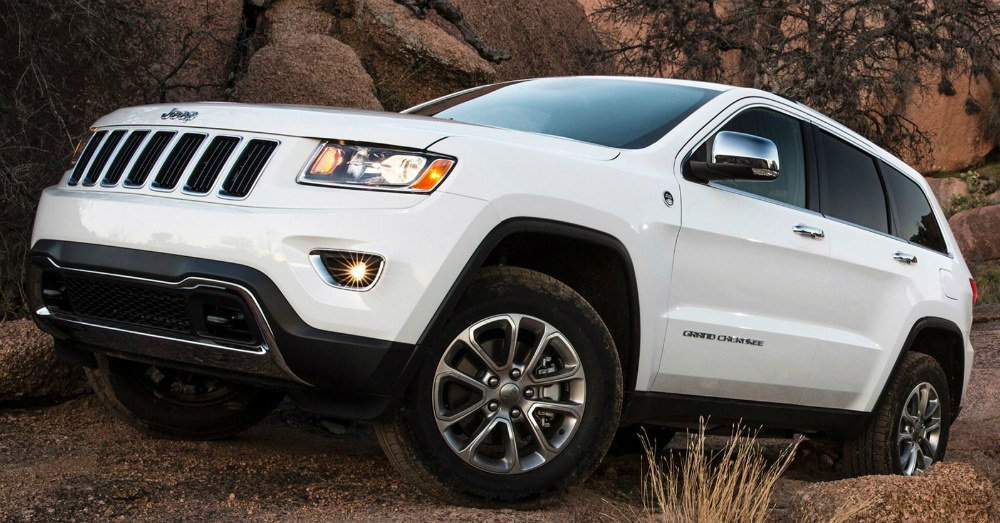 2015 white Jeep Grand Cherokee