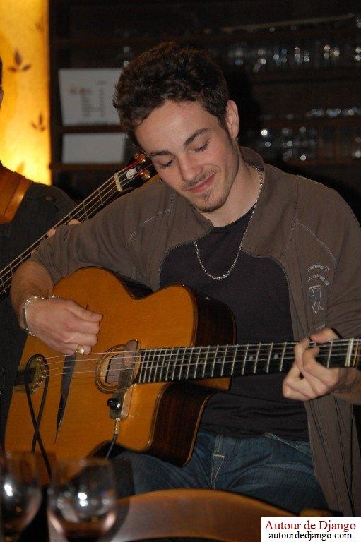 Will – Cours de guitare et de basse particuliers à domicile sur Nîmes (Gard) et  Fayence (Var)