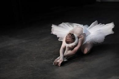 ballerina-5502254_1920