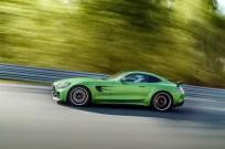 Mercedes-AMG-GT-R-4