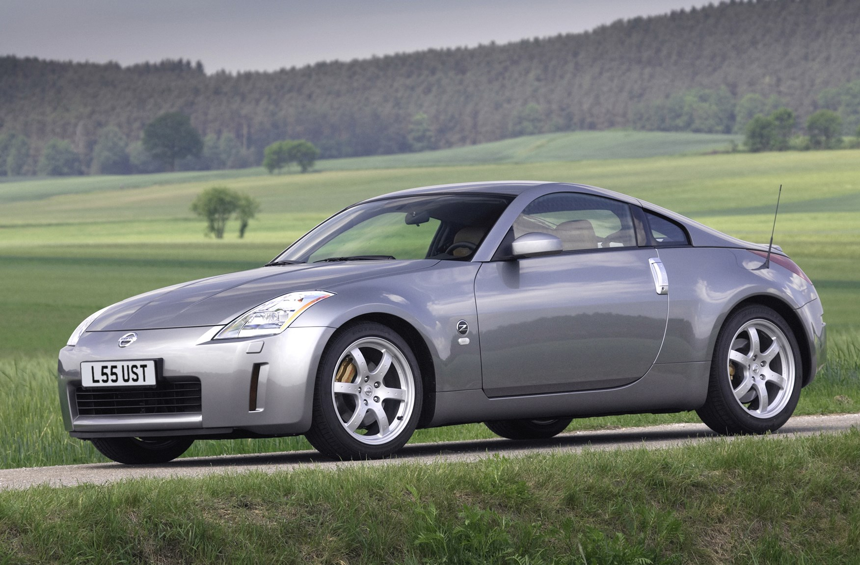 hight resolution of nissan 350z