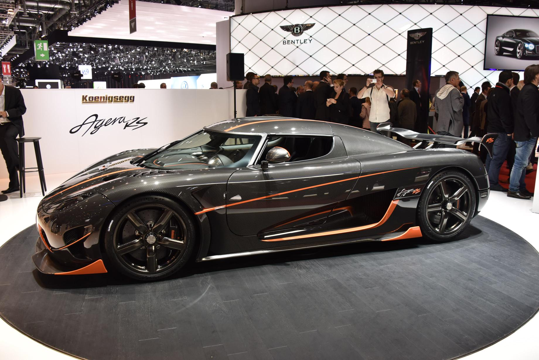 Top 7 Fastest Cars In The World - Koenigsegg Agera RS