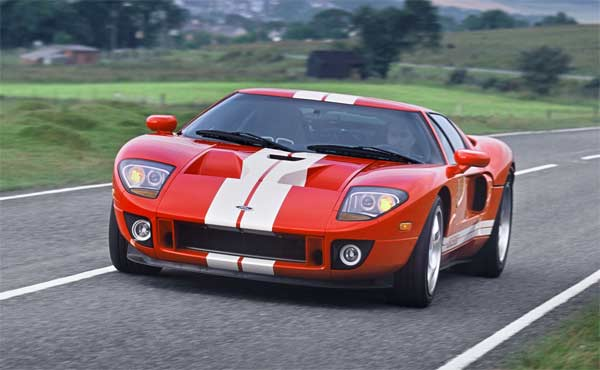 In  Ford Revived The Long Gone Gt Racer In The Modern Ford Gt Which Shared Many Of Its Traits Especially In The Outer Look And Design