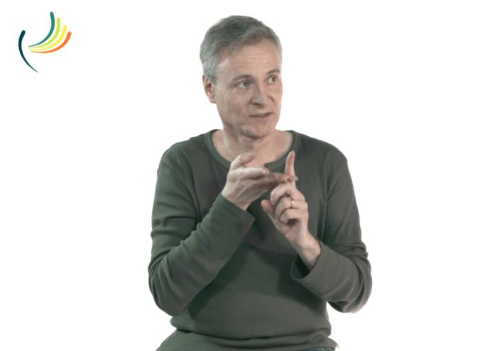 Interface de communication en LSF - des personnes sourdes témoignent Andreas