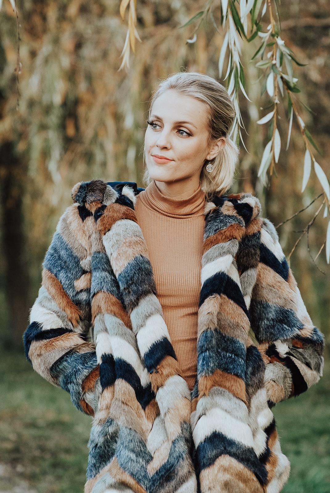 Autumn Sorelle | Faux Fur Coat for Fall