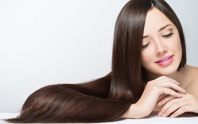 Why You Need To Be Using Hair Oil
