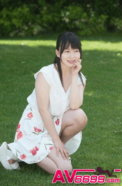 羽月希作品截图_羽月希 小隻+巨乳+重口味 (av女優介紹)