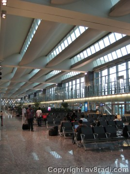 the departure lounge - I love how the new airport makes use of natural lighting as much as possible