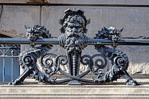 detalhe-decorativo-em-ferro-edificio-dakota2