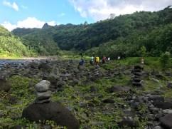 A la sortie de la Tepimaiateta, nous retrouvons la Papenoo et son champ de cairns