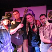 A.V.A Live Music Spin with Steven Bauer and Glenn Goss