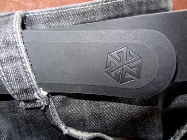 AVALON7 Black Silicone Belt for snowboarding