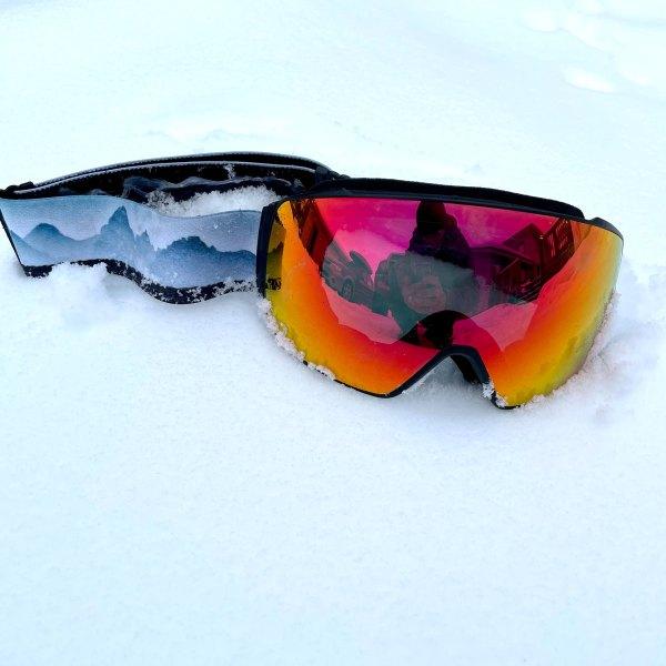 A7 Optics Teton Smoke magnetic snowboarding and skiing goggle anti fog lenses