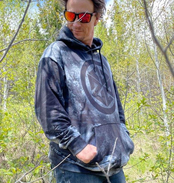 AVALON7 Blackstar Tech Hooded Sweatshirt for skiing and snowboarding