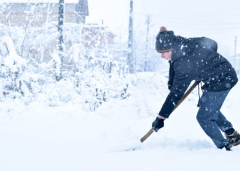 Shovelling and Hand Injuries
