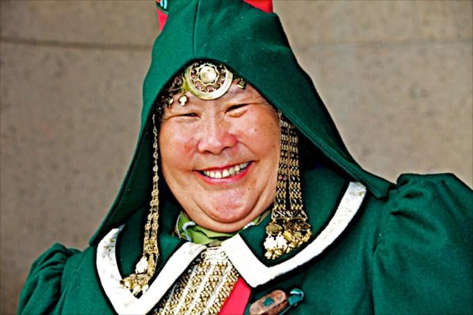 Izabella Elyakova, artist, educator and healer from Yakutia. Photo © 2012 Galya Morrell