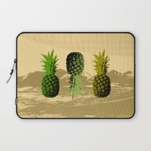alex van rossum - pineapple two - laptop sleeve
