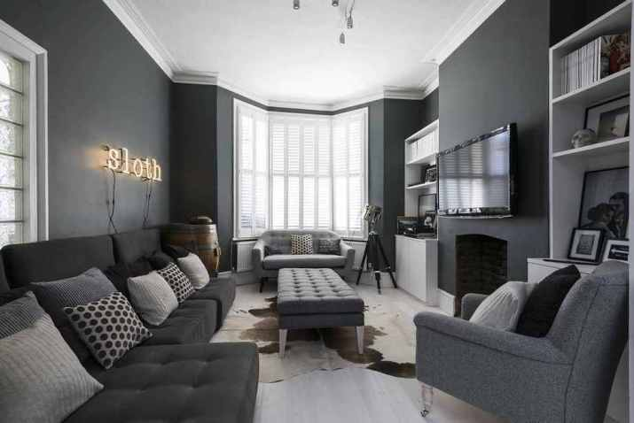 Harmonize Wall Painting and Couch Set