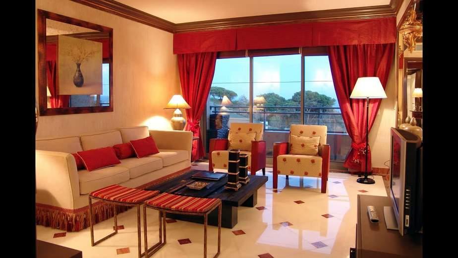 Two-Color Tile in Elegant Living Room