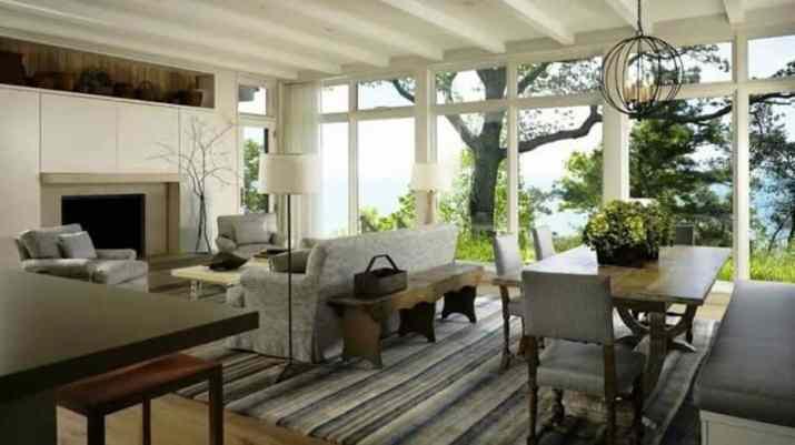 Diseño de mobiliario similar