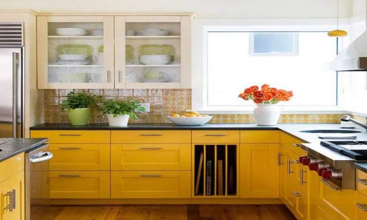 Fresh, Yellow Kitchen Backsplash