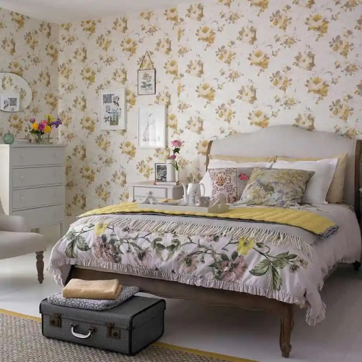 Floral Bedroom Accent Wall