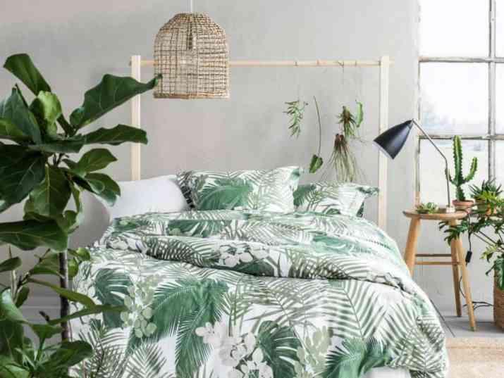 Tropical Relaxing Bedroom