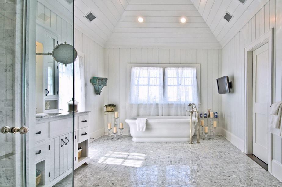 Relieving Bright Bathroom
