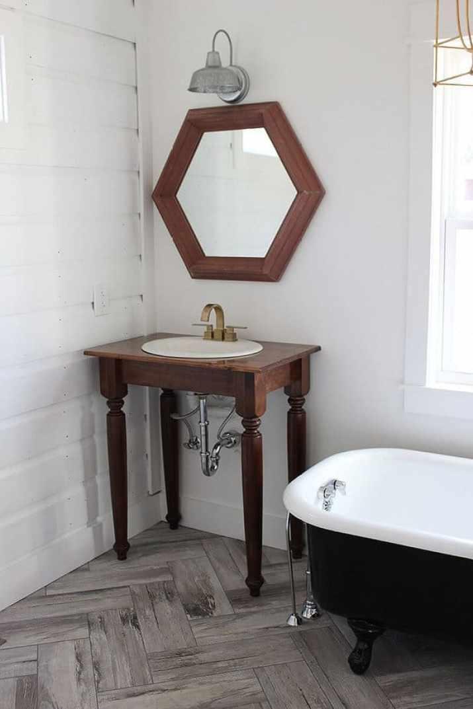 Milky Bathroom Baseboard