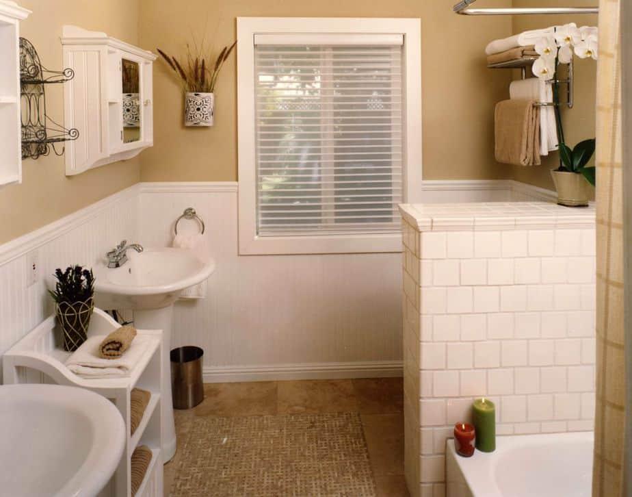 Sweet Tan Bathroom