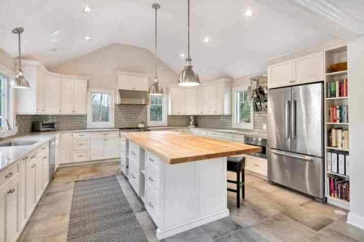 natural Vaulted Ceiling Kitchen Ideas