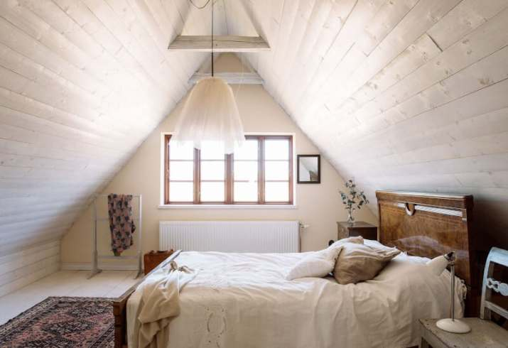 white Vaulted Ceiling Bedroom Ideas