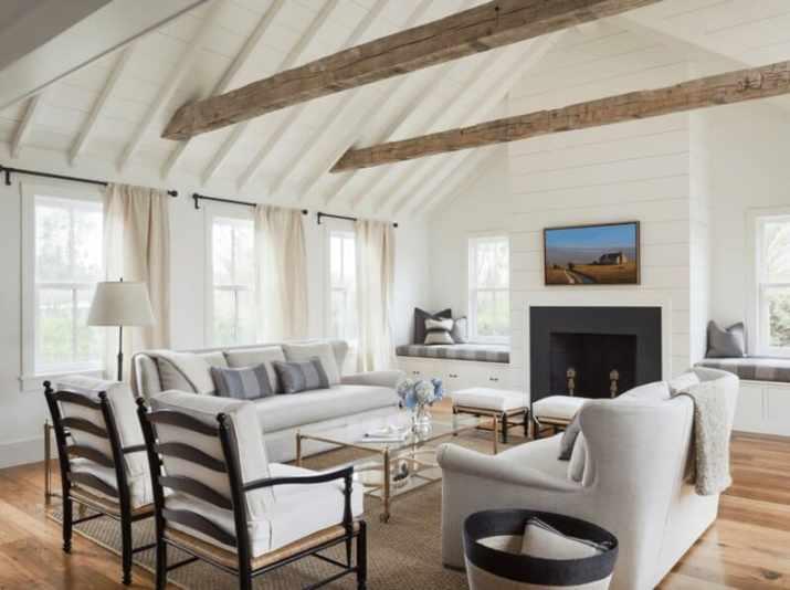 old styled Farmhouse Vaulted Ceiling Ideas