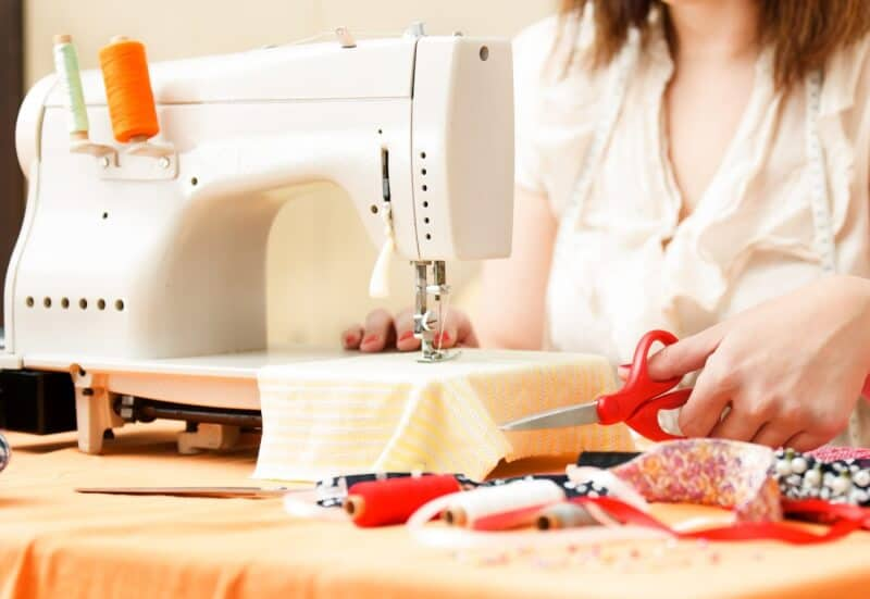 Looking for the Right Sewing Machine Here Are 12 Types of Sewing Machines