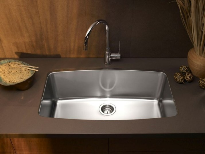 15 Bathroom Countertop Ideas 2020 (and Their Plus Points) 15