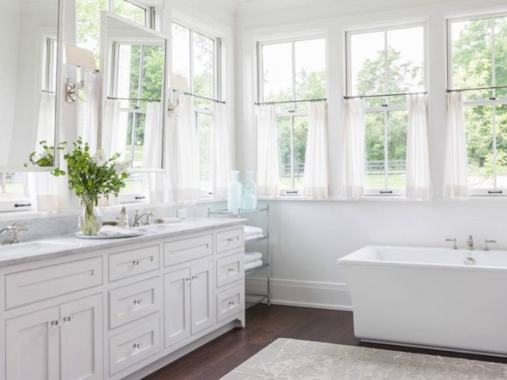 Bathroom Curtain Ideas to Live up Your Private Room 15