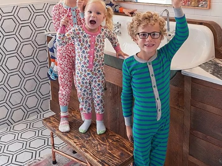 15 Kids Bathroom Ideas 2020 (Make Yours More Interesting) 1