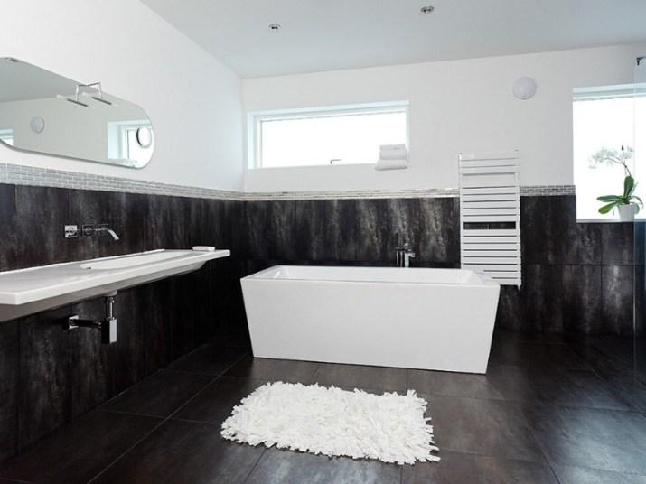 15 White Bathroom Ideas 2020 (Simple yet Elegant) 7