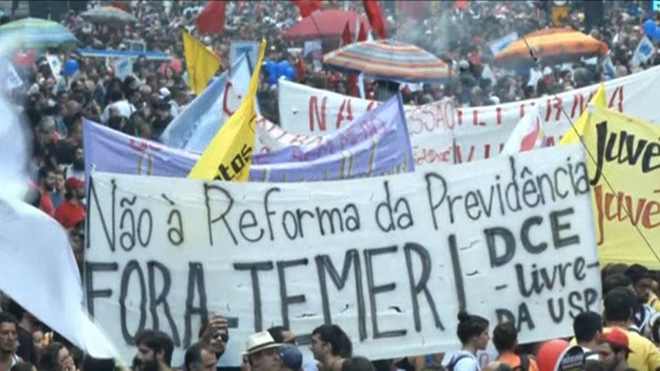 Μεγαλειώδης γενική απεργία στην Βραζιλία