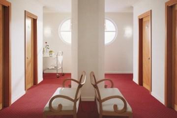 Хотелски врати