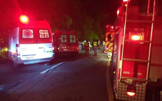 ambulâncias e bombeiros