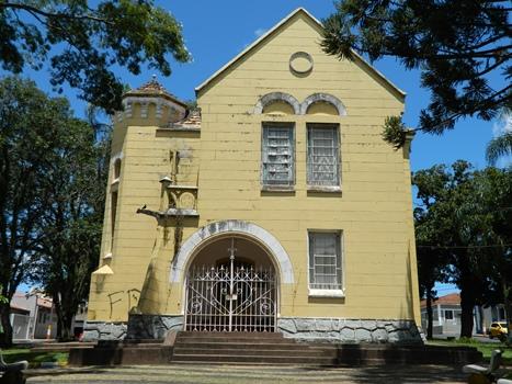 Prefeitura quer devolver prédio histórico ao Estado