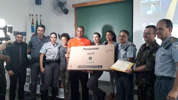 "Policia Militar realiza solenidade ""Policial Militar do Ano"""